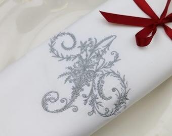 Set of 4 Monogrammed Napkins / Linen Napkins / Personalized Napkins / Embroidered Napkins / Wedding shower gift / Wedding linens / Font 12