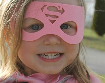 Supergirl cape and mask, supergirl costume, girls superhero cape, super girl personalized cape, supergirl party, girls superman cape