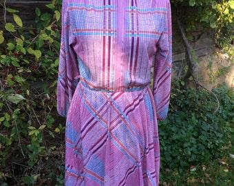 Vintage 70's Light Rose Accordion Dress Colored stripes Print Long Sleeves Midi Dress Size Medium