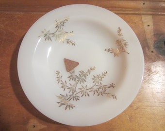 "Federal White Milk Glass Golden Glory Pattern 8"" Soup Salad Cereal Bowl"