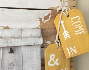 Come in and ROE cedar mini door tags