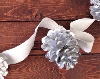 Silver Pine Cone Garland / Pine Cones Garland / Wedding Decor Rustic / Pine Cone Ornaments / Mantel Decor/ Fireplace Decor/Garland Ornaments