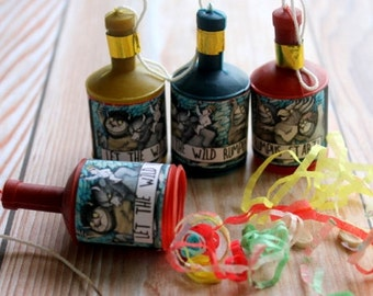 Wild Things Party Poppers (12)
