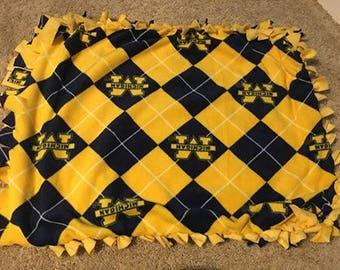 Fleece Crate Blanket/Pet Bed - Please see description