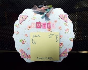 Post It Note/Sticky Notes/Message Pad Holder - Flowers/Decorative/Gift/Wall mountable