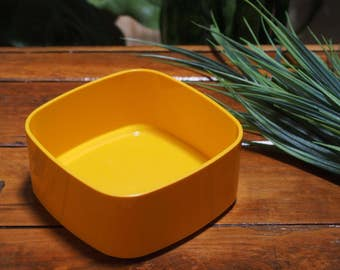 Vintage Yellow Bessemer Square Round Bowl - Plain Coloured - Made in Australia