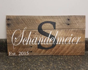 Custom Name Wood Sign, Family Name Sign, Wedding Gift Sign, Pallet Last Name Sign, Rustic Sign, Established Date Family Sign,Weathered sign