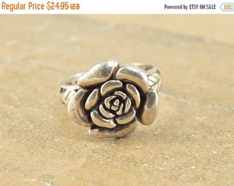 On Sale Ornate Rounded 3D Flower Rose Leaf Accent Ring Size 9.25 Sterling Silver 6.8g Vintage Estate