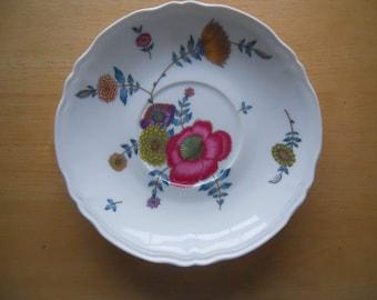 vtg Limoges Ceralene Anemones pattern salad plate A. Raynaud France