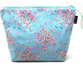Knitting project bag, large cosmetic bag, floral bag, travel organizer, makeup pouch, zipper knitting bag, gift for her