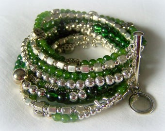 MULTI STRAND BRACELET .... dark green