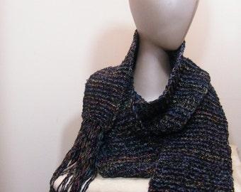 Ladies crochet/ knit scarf