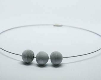 Necklace Choker sphere cement   light   round neck cable