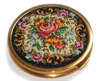 PETIT POINT Loupe embroidered tapestry · Vintage powder box · Mirror pad label