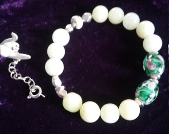 Beaded bracelet; Quartz bracelet; Lampwork / silver plated bracelet; shaking and elastic bracelet.