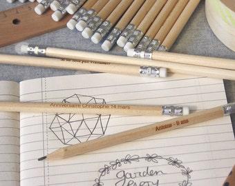 Crayons à papier personnalisés en bois, lot de 5, avec votre texte gravé, cadeau invités réalisé sur mesure pour mariage, anniversaire, fête