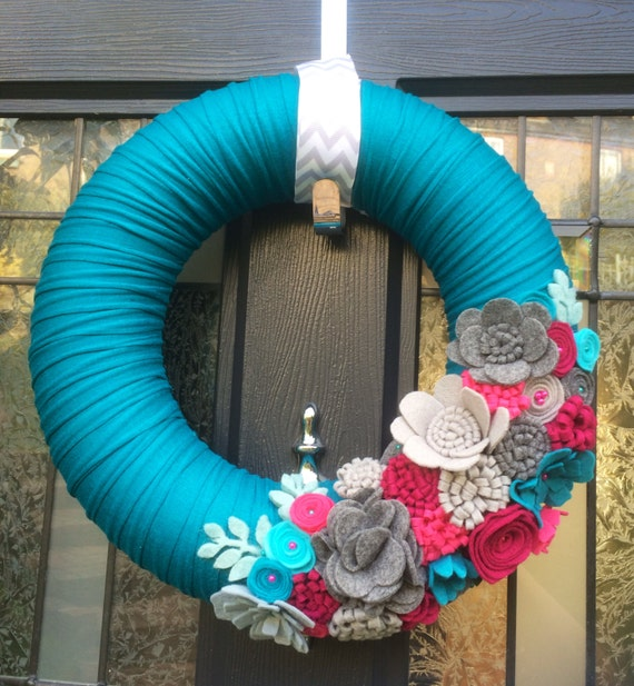 Large felt wreath. Mixed Felt flowers. Felt Wreath. Front Door Decor. Door Hanging. Wall Hanging. Custom. Flower Wreath
