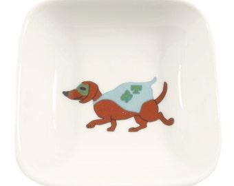 Little super dachshund dish