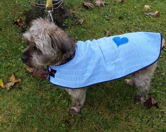 Beautiful and comfortable for dogs rain coat.