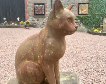 Sitting Cat (iron resin)