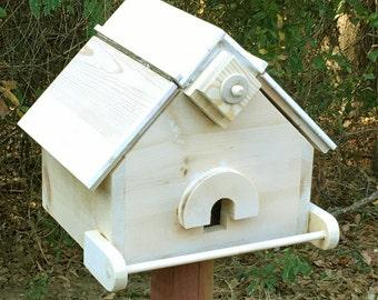 Six Bird Roosting Box