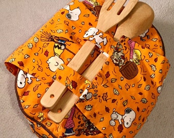 Snoopy 2.5 Quart Casserole Carrier