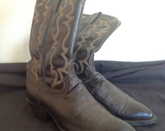 Men's leather cowboy boots, size 10D, Brown