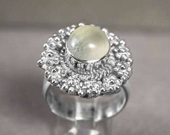 Art Deco Moonstone Cabochon 925 Sterling Silver Floral Ring Size 7.25 r7