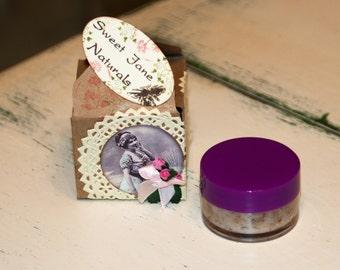 Sweet Jane all Natural Exfoliating Lip Scrub