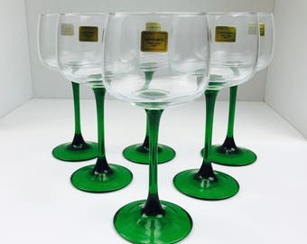 Vintage Emerald Green wine glasses, new in box, vintage crystal stemglasses 9 1/4 oz, vintage crystal, set of 6, made in france, vintage bar