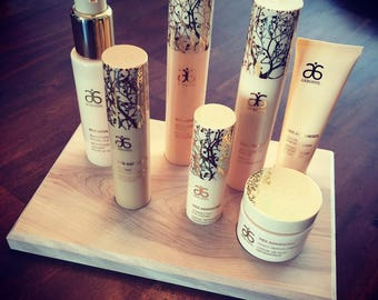 Arbonne Dispaly for Re9 Women