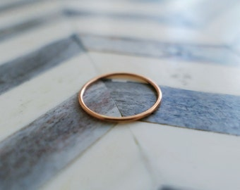 Thin Rose Gold Band 14k Solid Gold Round Skinny Simple Dainty Stacking Ring Wedding Band Midi Delicate Minimalist Wire Ring Gift for Her