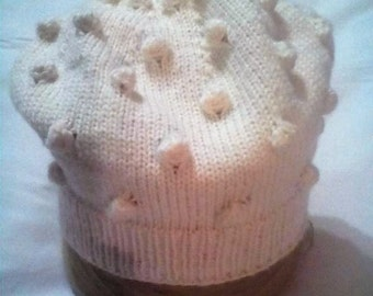 KNITTED SPRING HAT
