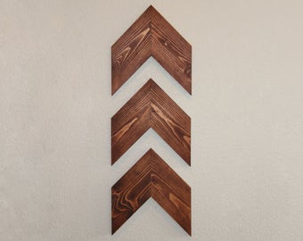 Chevron Distressed Wall Art, Wood Wall Art, Handmade, Custom Rustic Decor,