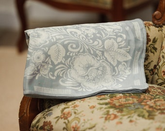 Luxury jacquard linen kitchen tea towel / Flowers