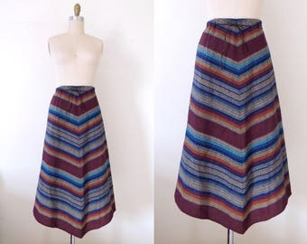 Vintage 1990s does 1970s woven chevron skirt | 90s does 70s wrap skirt with earthy colors | wrap skirt | boho skirt | L