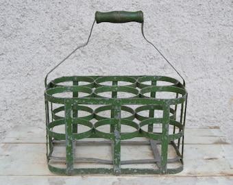 Old bottle / iron / 6 round lockers / Green