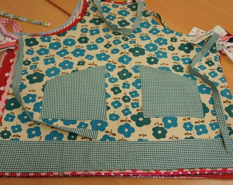 Vintage kitchen apron, cotton floral print blue/green