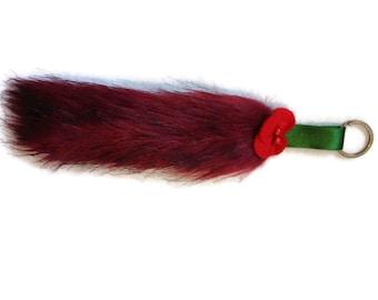 Red tail keyring