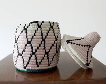 Pink/White/Black Moroccan Wool Pot