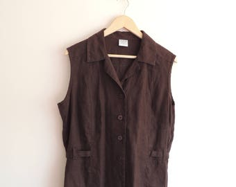 FREE SHIPPING - Vintage TAIKA brown linen vest with buttons and belt, size 44, Made in Finalnd