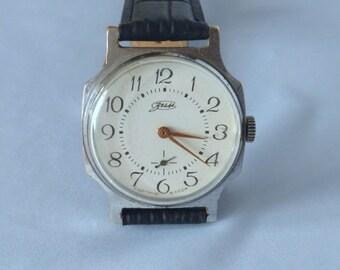 Soviet watch, Vintage Zim (POBEDA) mens watch, USSR wrist watch, Working, Collectible, mens wrist watch.