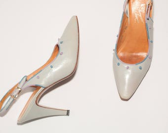 Rosina Ferragamo Schiavone \\ Vintage Shoes \\ Light Blue Slingback Pumps with Leather Knot Details \\ Vintage Heels \\  Size 8