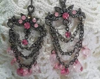 Pink chandelier pierced earrings