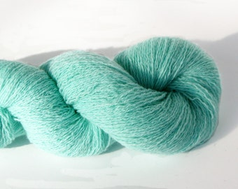 100% Cashmere Sea Mist Green Lace Weight Recycled Yarn