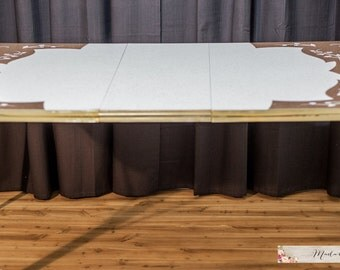 Formica dining table with leaf