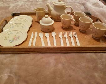Pfaltzgraff Tea Rose Chilton Globe 22 piece child's tea set for pretend play