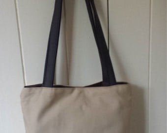 Beige linen cotton shoulder handbag with recycled leather handle