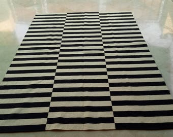 ARTICLE # 5262 Black and White/Off White Stripped Kilim Rug Size : 235 x 169 CM / 7.7 x 5.5 FEET