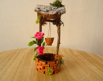 Miniature fairy water well, with pink flowers (no.1)